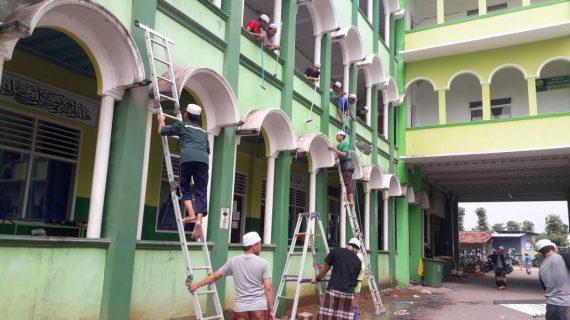 Persiapan Santri Al-Bahjah Menjelang Bulan Ramadhan